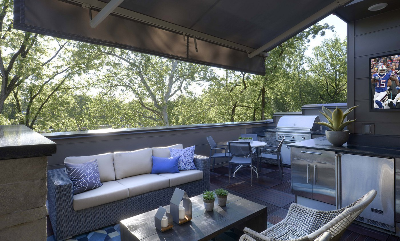 Dining al fresco is even more enjoyable on your private rooftop terrace